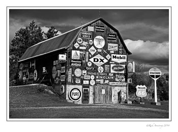 sign-barn-1-b-w-13x19-copy.jpg