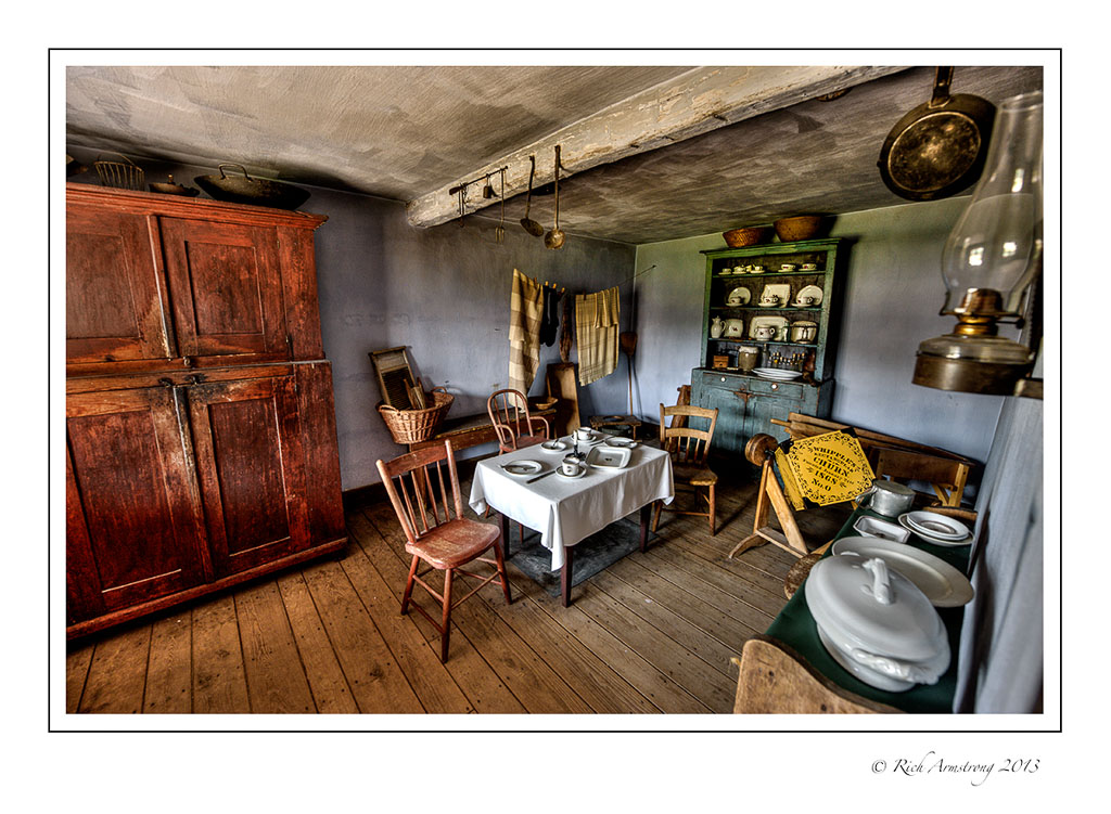 kitchen-HDR1-frm.jpg