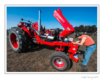 tractor-1-frm.jpg